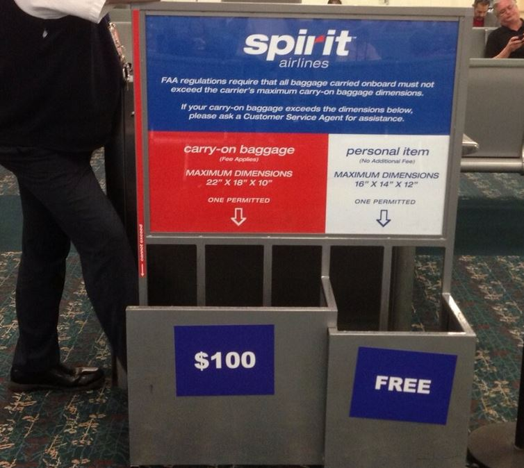 spirit baggage policy